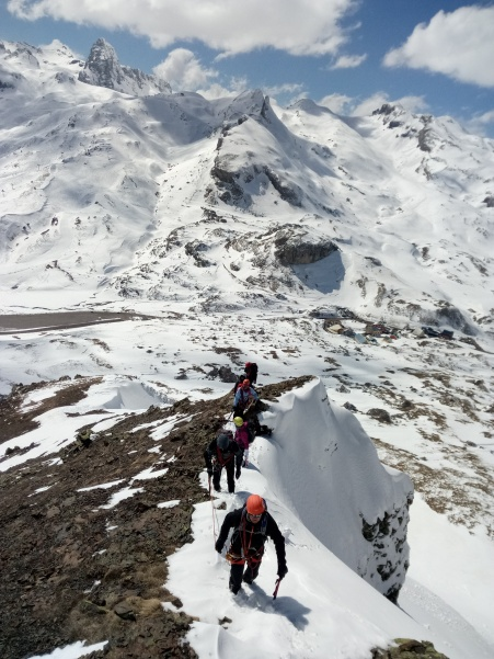 Curso de Alpinismo con el club de la Universidad de Navarra. Alpinism course for the Navarra University Alpine Club.