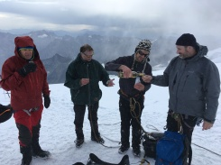Un ejemplo del buen ambiente en las cumbres suizas