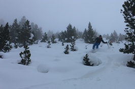 Salidas de esquí de montaña de valle de tena
